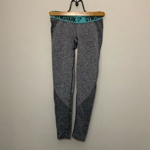 Gymshark Size Small Flex Leggings Gray and Teal
